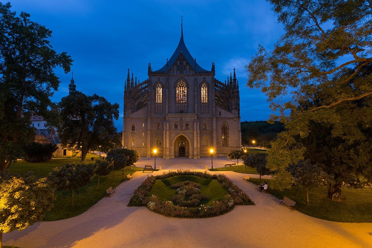 5081-noc-kostelu-autor-foto-frantisek-renza.jpg
