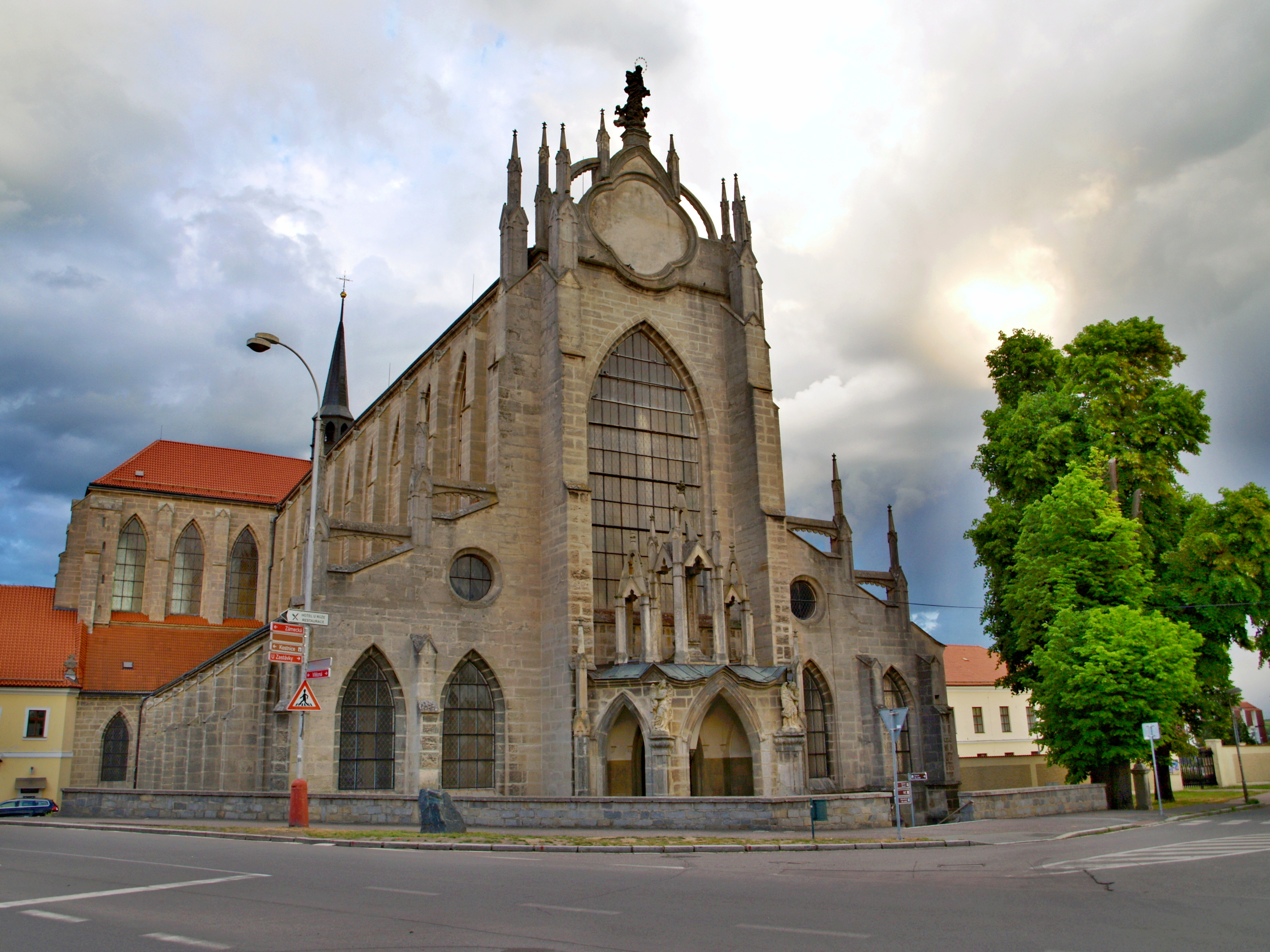 6202-katedrala-nanebevzeti-panny-marie-a-sv-jana-krtitele-cathedral-of-assumption-of-our-lady-and-st-john-the-baptist.jpg
