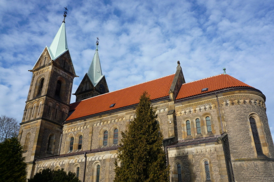 8670-kostel-nanebevzeti-panny-marie-v-grunte-9.jpg
