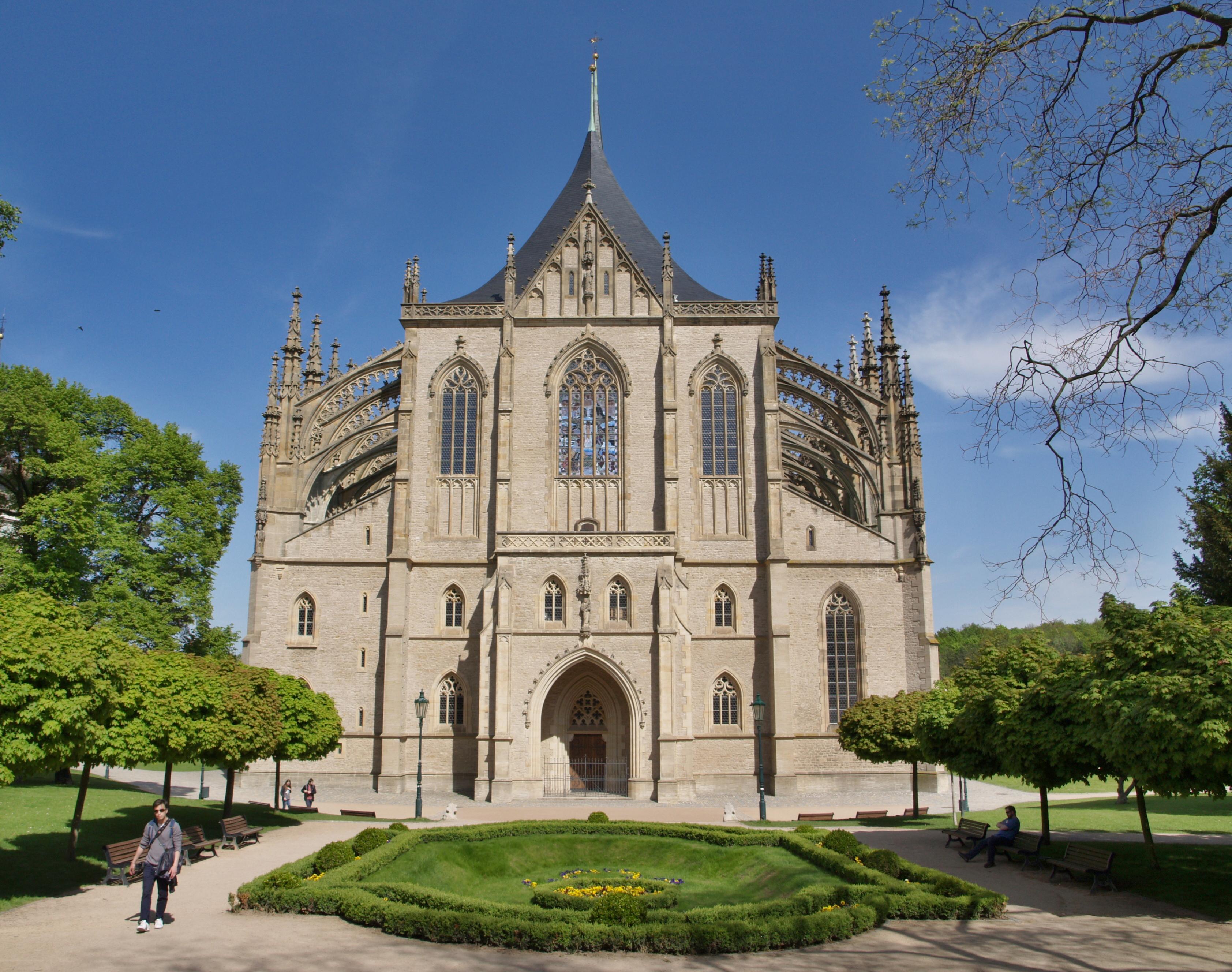 9034-chram-sv-barbora-st-barbara-s-cathedral-1.jpg