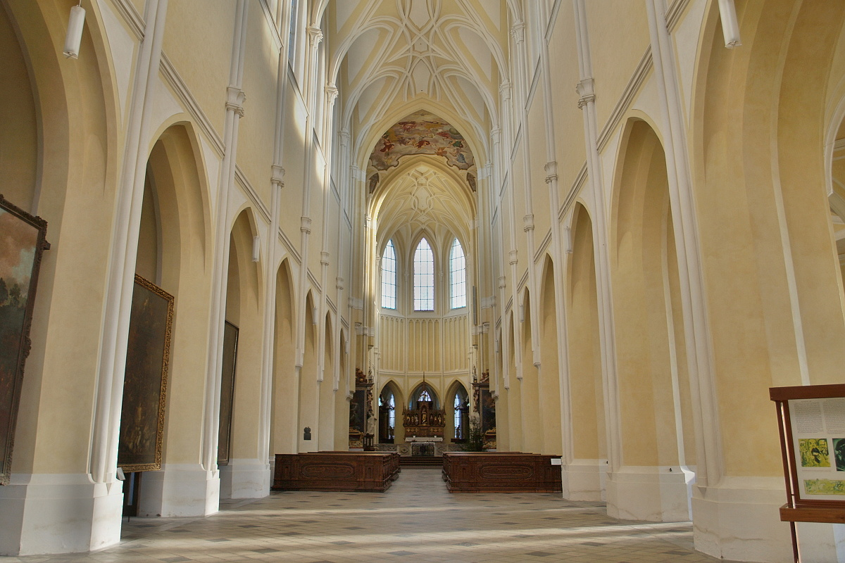 9514-katedrala-nanebevzeti-panny-marie-a-sv-jana-krtitele-75.jpg