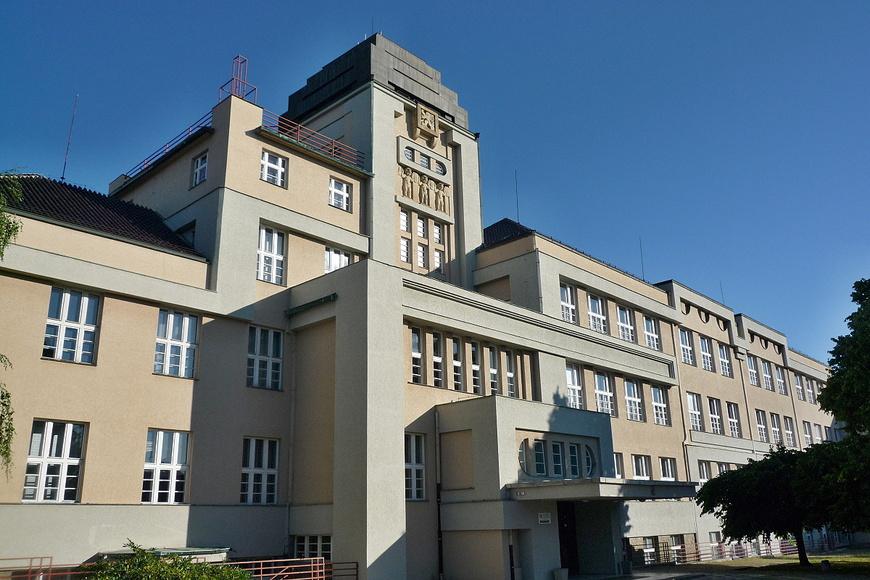 Průmyslová škola